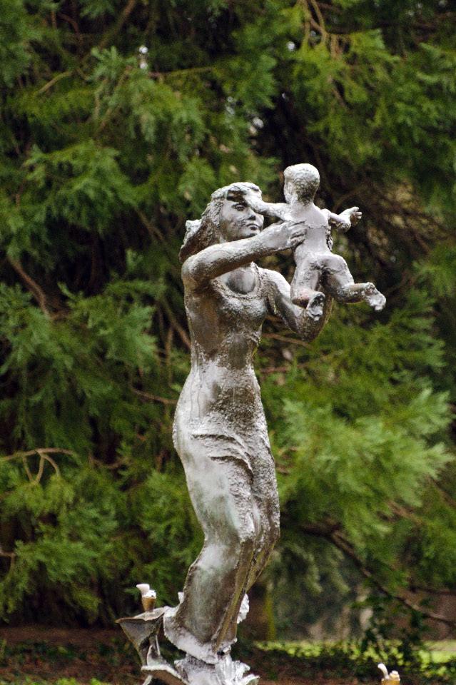 Sacajewa statue at Council Crest