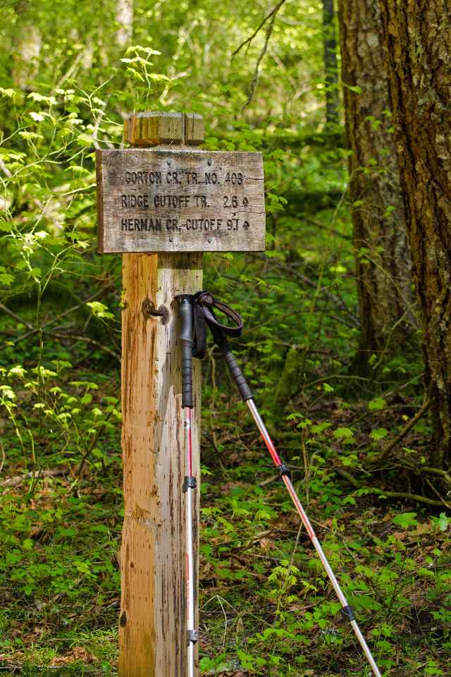 Trail sign near Herman Creek