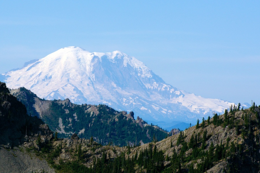 Mount Rainier in early morning light on the trail to Ingalls Pass