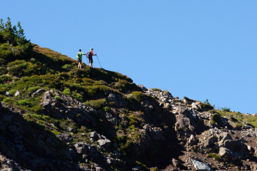 Hikers on Cathedral Ridge above the shelter
