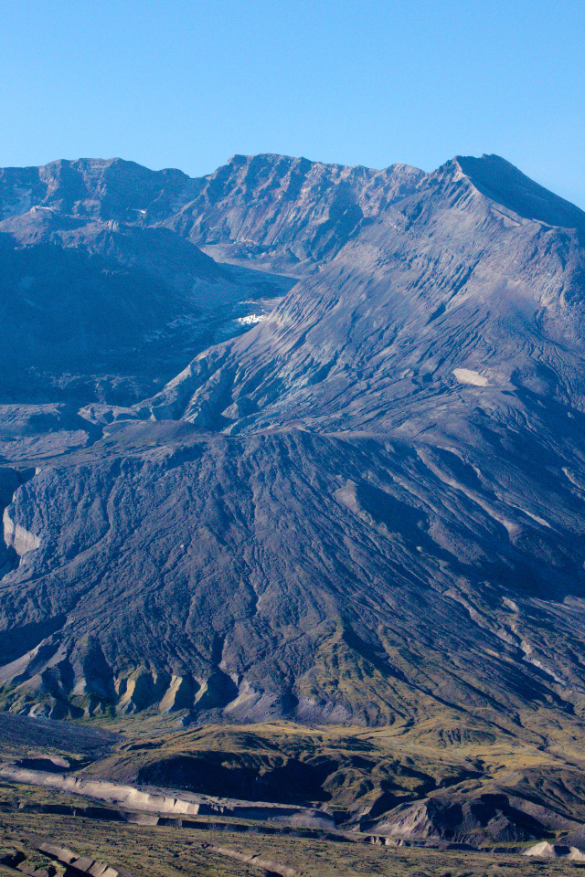 A hazy view into the crater of Mt. St.Helens