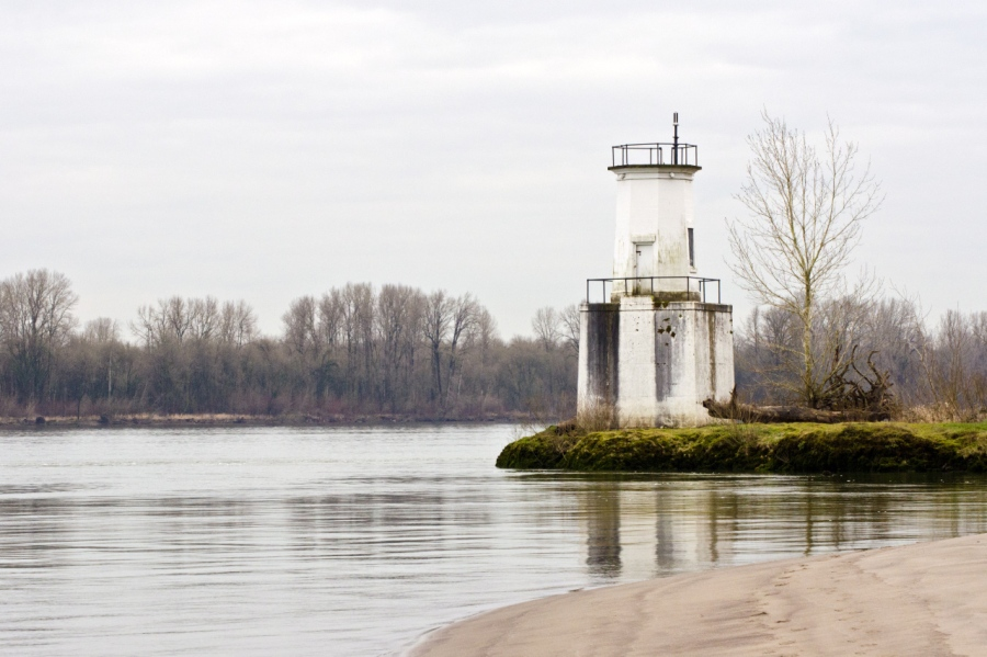 The small lighthouse near the end of the Island