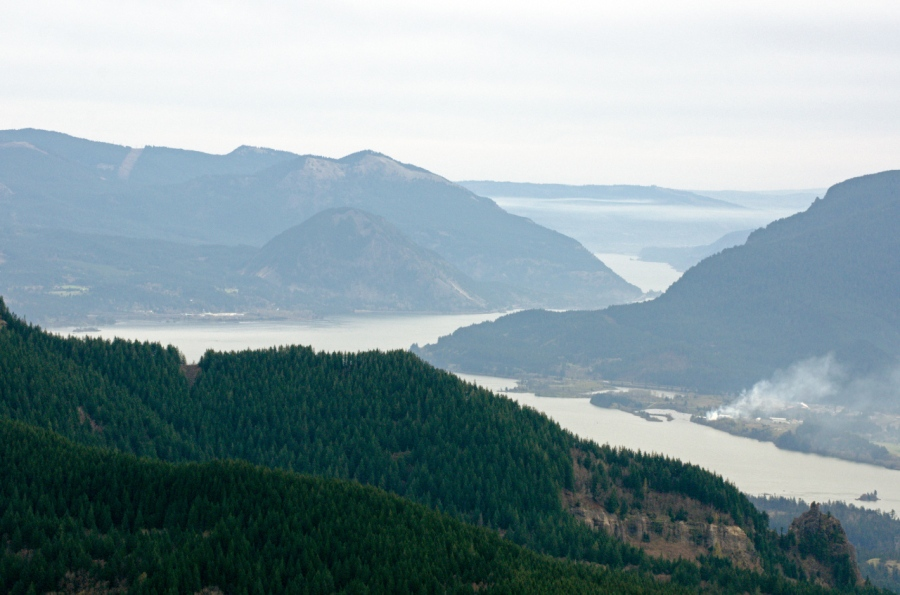 Hazy look up the Columbia River Gorge
