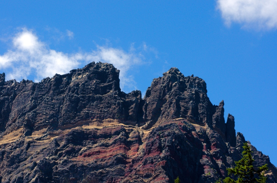 Red seams on Three Fingered Jack