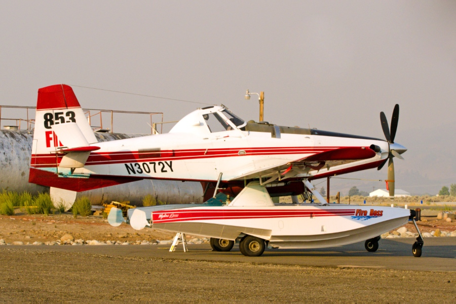 Odd looking plane for fighting wildfires
