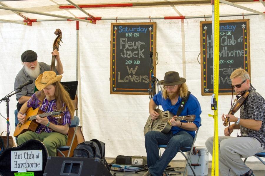 A band at the Portland Saturday Market