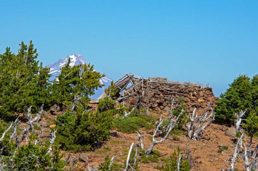 A High Summit Hike in Northwest Oregon